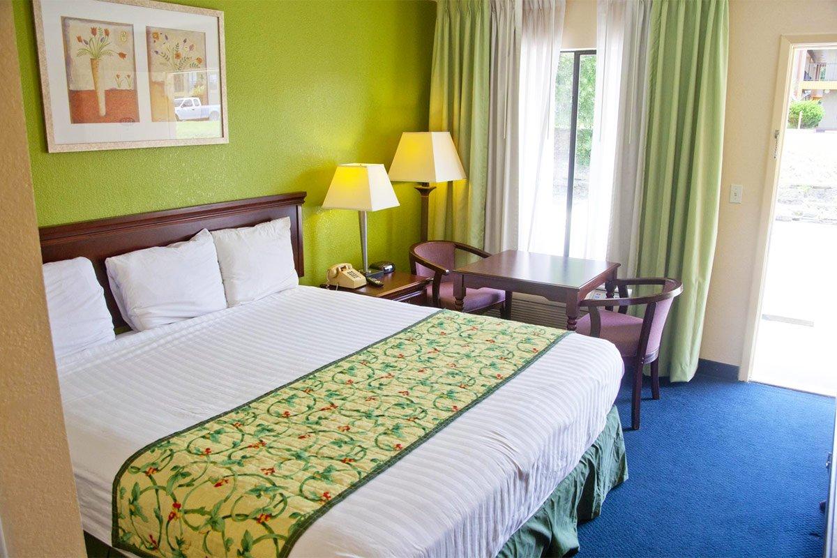 Days Inn by Wyndham DeFuniak Springs Attractions